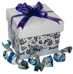 Gift Box Bianco with Scatters