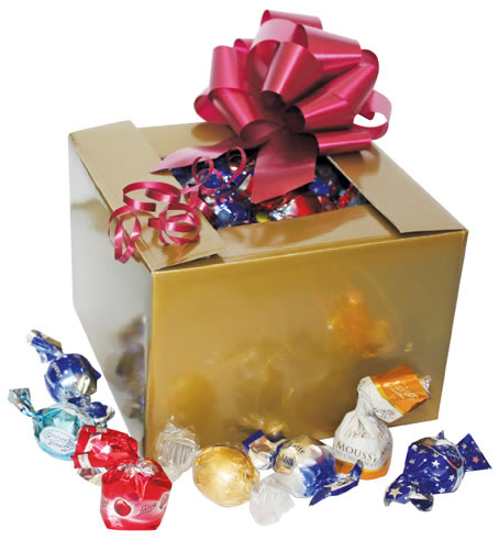 Gift Box Gold Large with Scatters